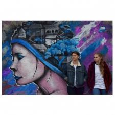 Olyvine Bernardin & Alexia Quelen Two Broke Girls